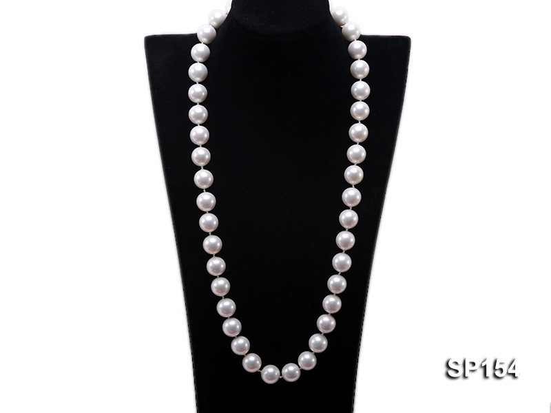 16mm light White round seashell pearl necklace big Image 1