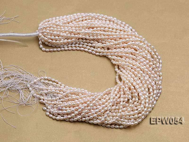 Wholesale 4.5x6.5mm Classic White Rice-shaped Freshwater Pearl String big Image 4