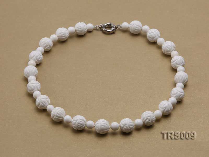 8mm &14mm Round White Tridacna Beads Necklace big Image 1
