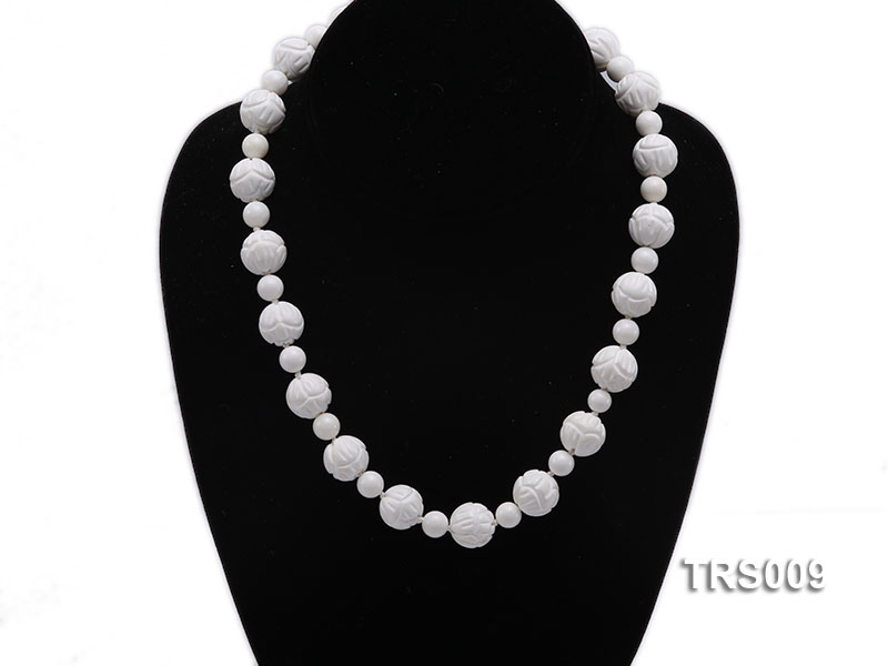 8mm &14mm Round White Tridacna Beads Necklace big Image 5