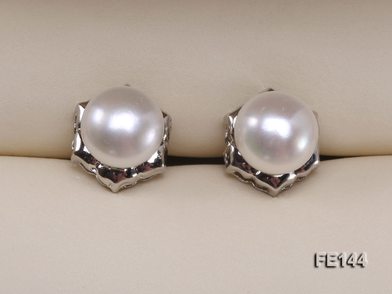 8-9mm White Flat Cultured Freshwater Pearl Earrings big Image 5