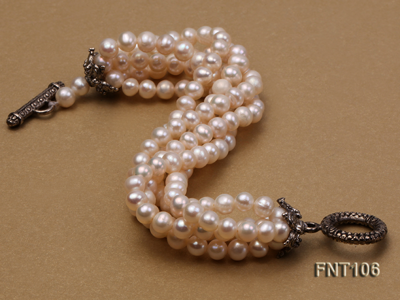 Five-strand 5-6mm White Freshwater Pearl Necklace and Bracelet Set big Image 6