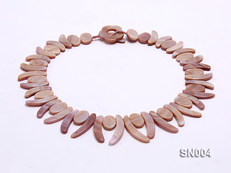 Oval and Ivory-shaped Lavender shell Necklace big Image 1