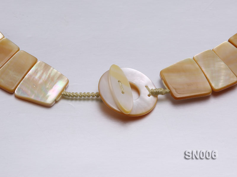 10x20-25x30mm White Shell Pieces Necklace big Image 3