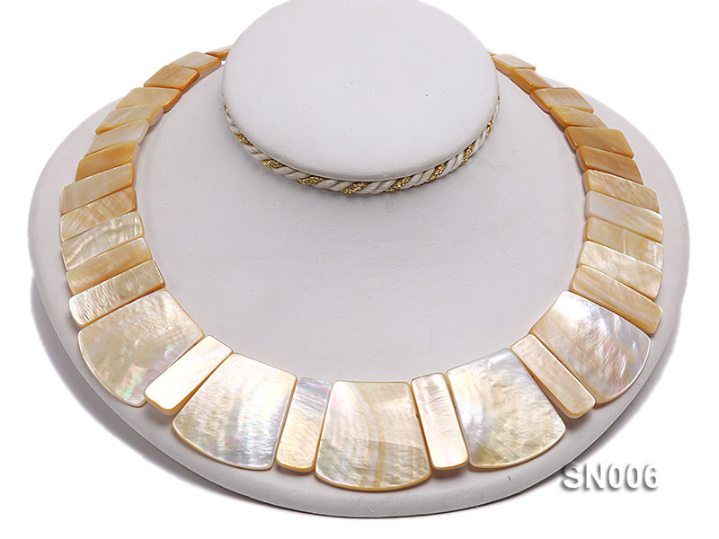 10x20-25x30mm White Shell Pieces Necklace big Image 4