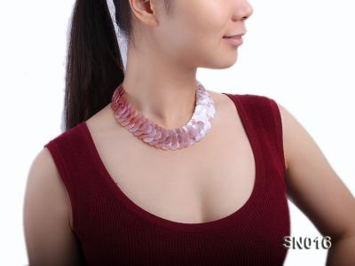 Button-shaped Lavender Shell Pieces Necklace SN016 Image 8