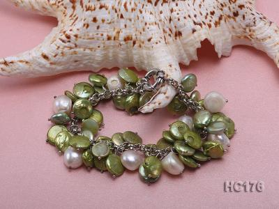 green and white button freshwater pearl bracelet HC176 Image 2
