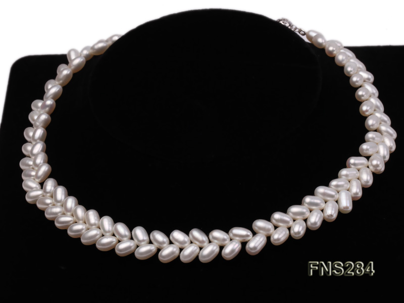 7*10mm natural white selected oval freshwater pearl single strand necklace big Image 3