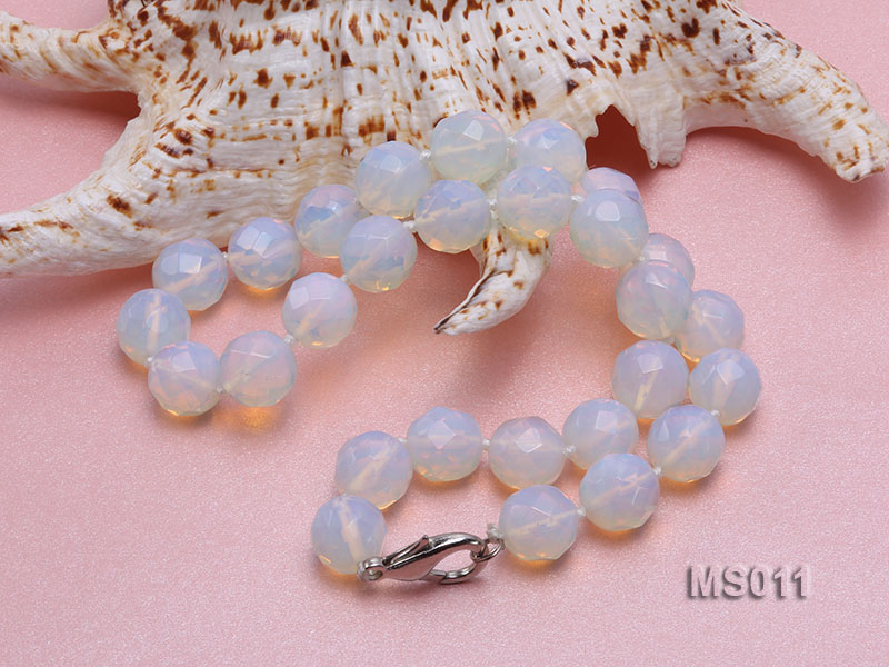 13mm Round Opalescent Faceted Moonstone Beads Necklace big Image 4