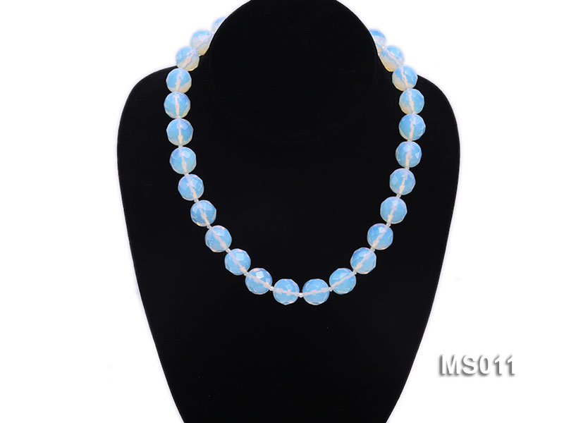 13mm Round Opalescent Faceted Moonstone Beads Necklace big Image 5