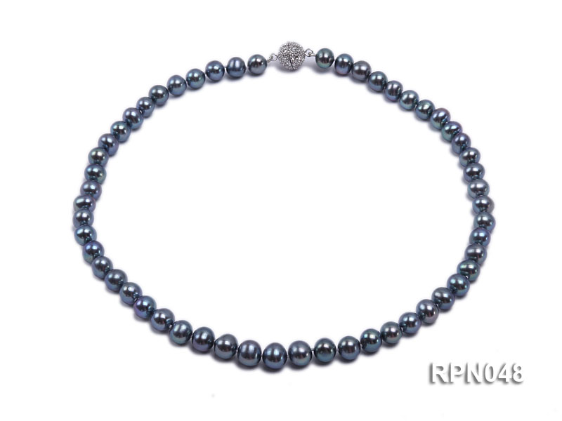 Trendy Single-strand 8-9mm Black Round Cultured Freshwater Pearl Necklace with Zirconia Clasp big Image 1