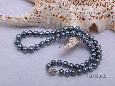 Trendy Single-strand 8-9mm Black Round Cultured Freshwater Pearl Necklace with Zirconia Clasp RPN048 Image 4
