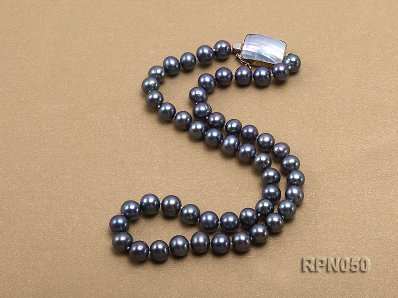 8-9mm Black Round Freshwater Pearl Necklace with Mabe Pearl Clasp big Image 2