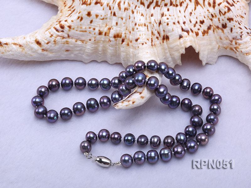 Fashionable Single-strand 7-7.5mm Black Round Freshwater Pearl Necklace  big Image 2