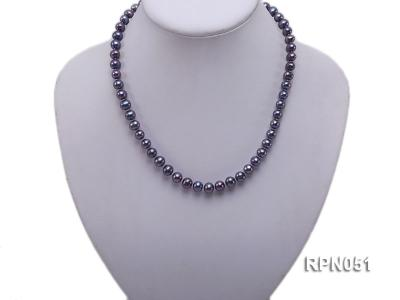 Fashionable Single-strand 7-7.5mm Black Round Freshwater Pearl Necklace  RPN051 Image 5