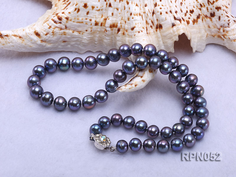 Fashionable Single-strand 8-9mm Black Round Freshwater Pearl Necklace big Image 4