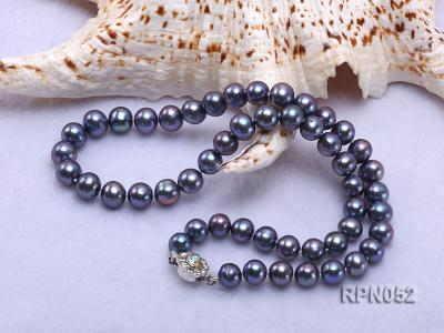 Fashionable Single-strand 8-9mm Black Round Freshwater Pearl Necklace RPN052 Image 4