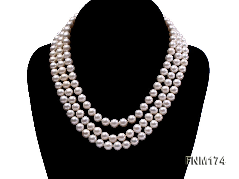 3 strand white 8-9mm round freshwater pearl necklace  big Image 1