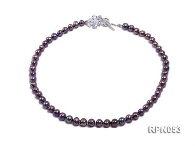 7.5-8.5mm Black Round Freshwater Pearl Necklace with Sterling Silver Leaf-shape Clasp RPN053 Image 1