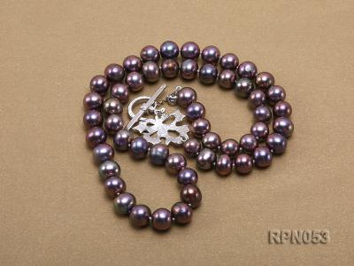 7.5-8.5mm Black Round Freshwater Pearl Necklace with Sterling Silver Leaf-shape Clasp RPN053 Image 3