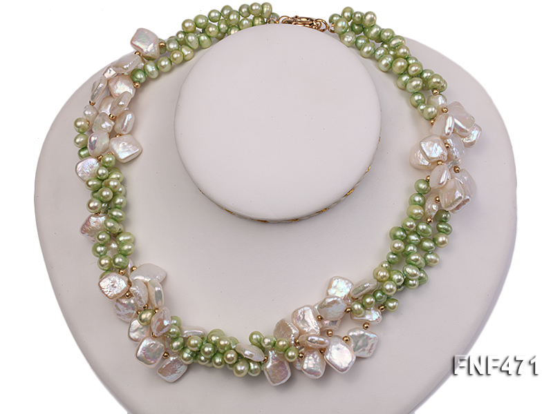 Three-strand 6-7mm Green Freshwater Pearl and White Button Pearl Necklace big Image 4