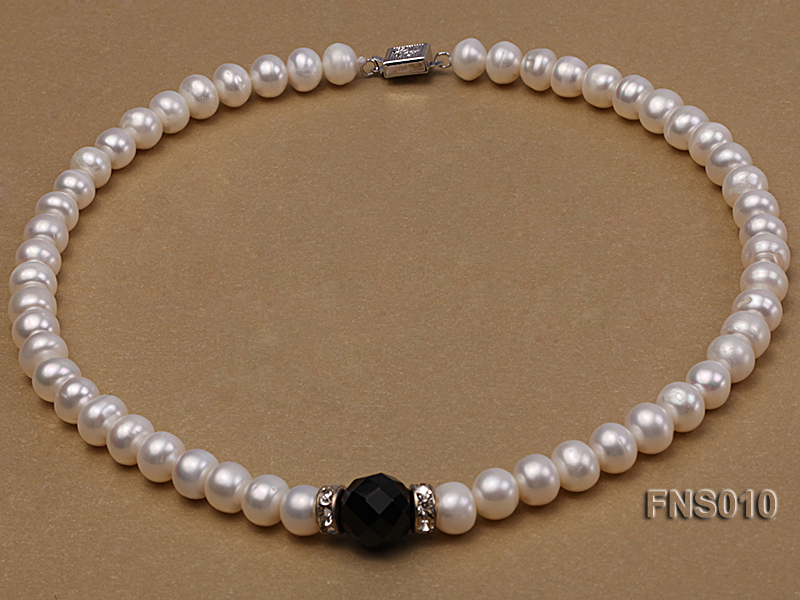 9-10mm natural white flat freshwater pearl with black gemstone necklace big Image 1