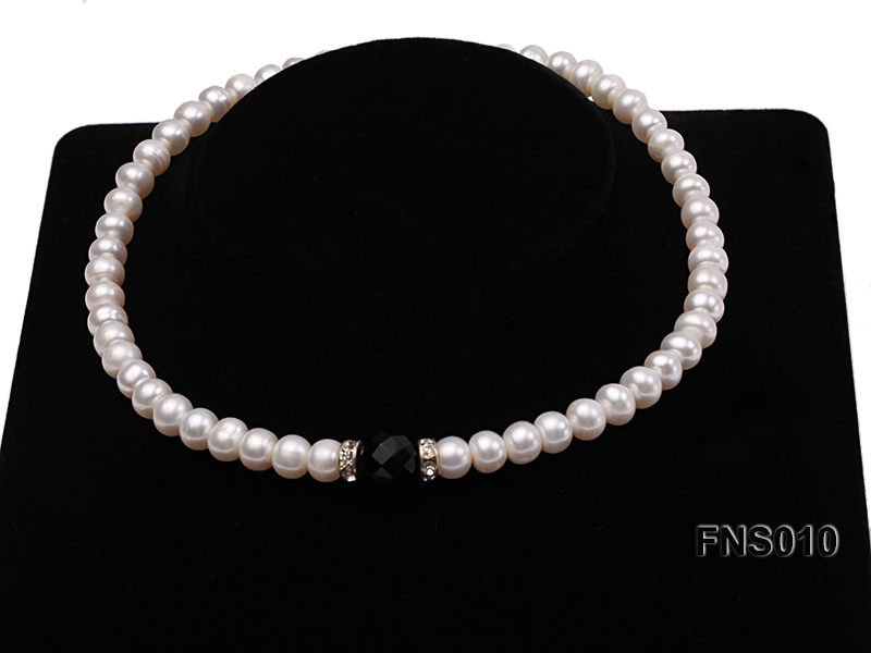 9-10mm natural white flat freshwater pearl with black gemstone necklace big Image 4