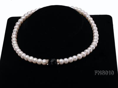9-10mm natural white flat freshwater pearl with black gemstone necklace FNS010 Image 4