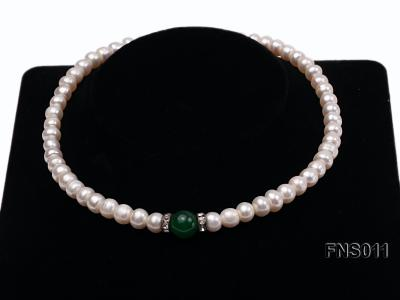 8-9mm natural white flat freswhater pearl with natural jade necklace FNS011 Image 2