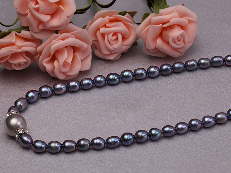 6-6.5mm black rice freshwater pearl necklace with black seashell beads big Image 4