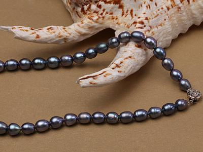 6-6.5mm black rice freshwater pearl necklace with black seashell beads FNS014 Image 2