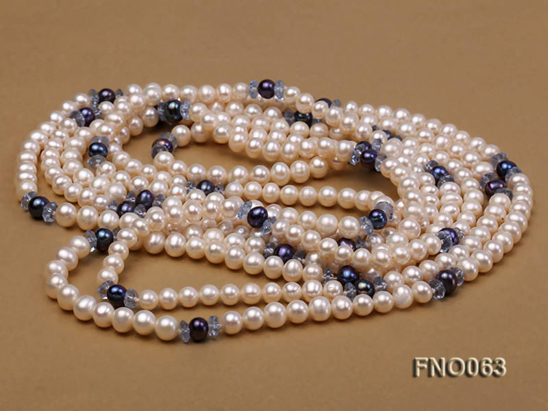 6-7mm white round freshwater pearls alternated with blue pearl and faceted crystal necklace big Image 3