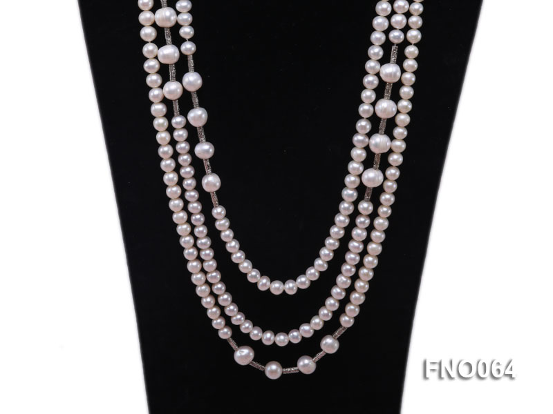 7-7.5mm white round pearls alternated 10-10.5mm white pearls and white gilded tube necklace big Image 2