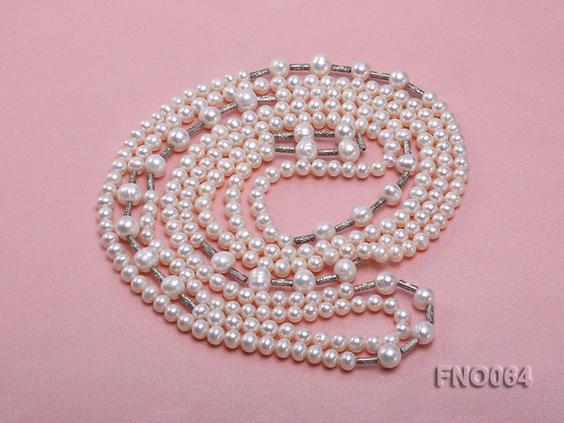 7-7.5mm white round pearls alternated 10-10.5mm white pearls and white gilded tube necklace big Image 3