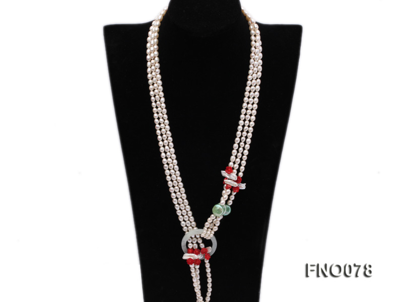 5.5-6.5mm white elliptical pearls alternated with red coral white biwa pearls and green coin pearl big Image 2