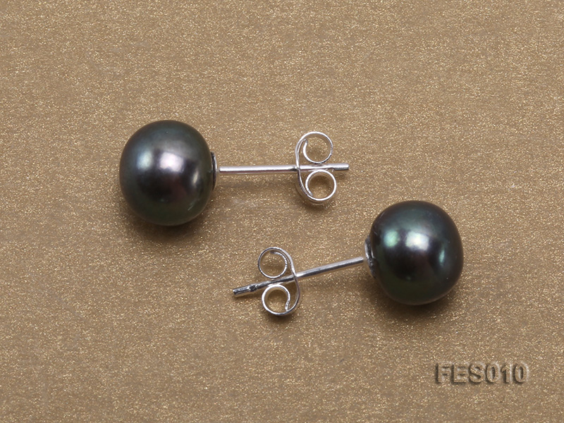 7.8mm Black Flat Cultured Freshwater Pearl Earrings big Image 3