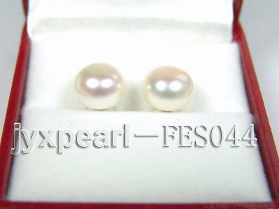 9.5mm White Flat Cultured Freshwater Pearl Earrings FES044 Image 1