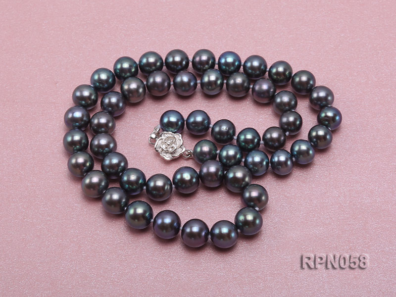 8-9mm Purplish Black Round Freshwater Pearl Necklace with Sterling Silver Clasp big Image 3