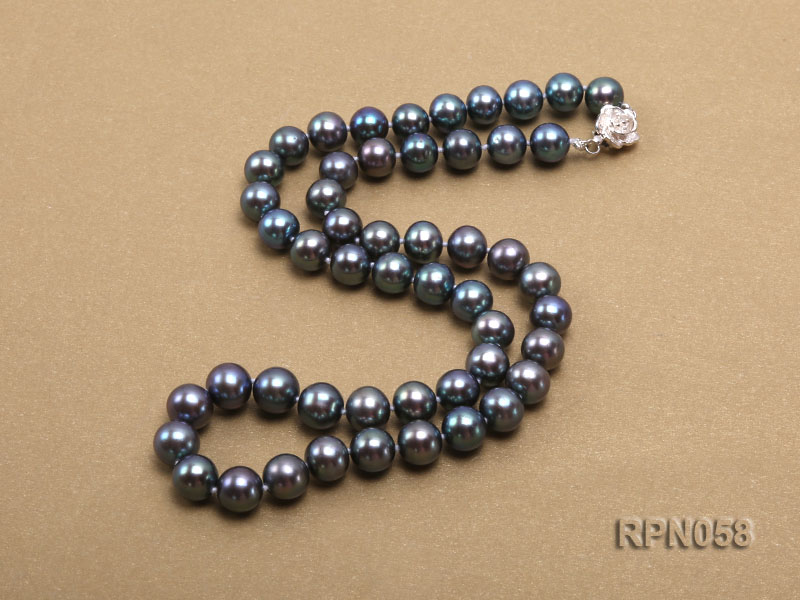 8-9mm Purplish Black Round Freshwater Pearl Necklace with Sterling Silver Clasp big Image 4