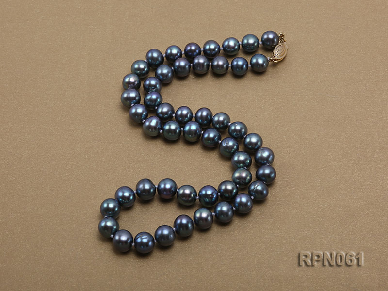 Fashionable Single-strand 8-8.5mm Bluish Black Round Freshwater Pearl Necklace big Image 3