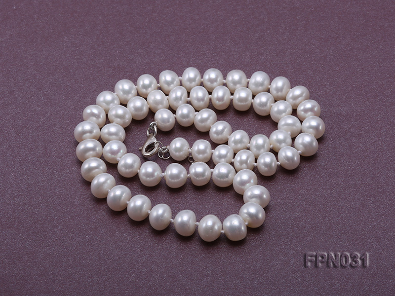 Classic 8.5-9.5mm White Flat Cultured Freshwater Pearl Necklace big Image 3