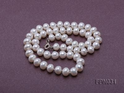 Classic 8.5-9.5mm White Flat Cultured Freshwater Pearl Necklace FPN031 Image 3