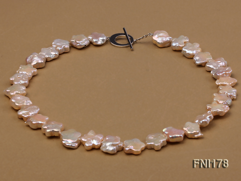 Classic 15mm Pink Flower-shaped Freshwater Pearl Necklace big Image 1