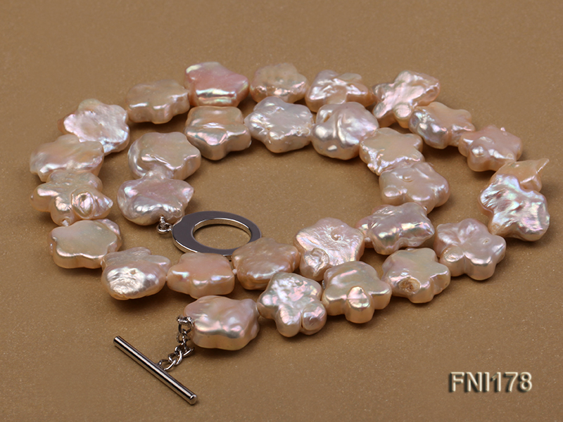 Classic 15mm Pink Flower-shaped Freshwater Pearl Necklace big Image 5