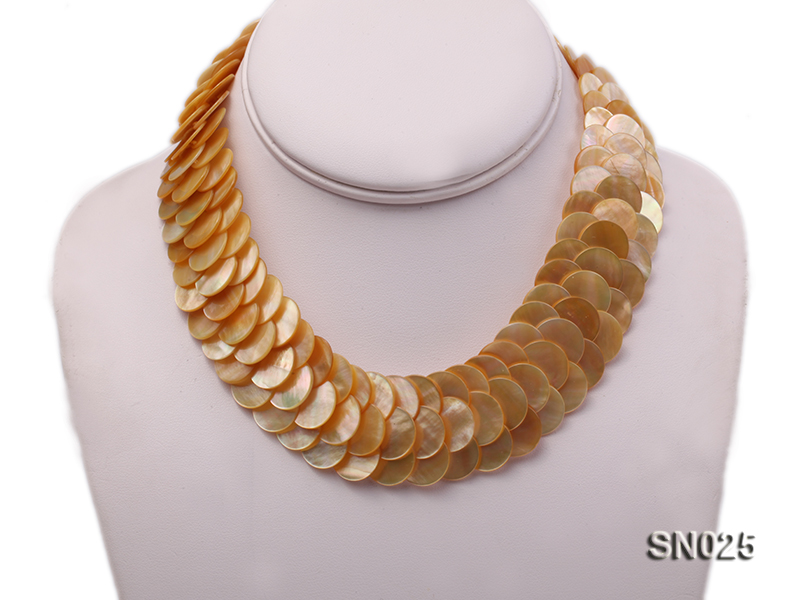 Natural Button-shaped Yellow Shell Pieces Necklace big Image 3