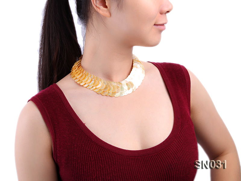 Natural Button-shaped Yellow Shell Pieces Necklace big Image 8
