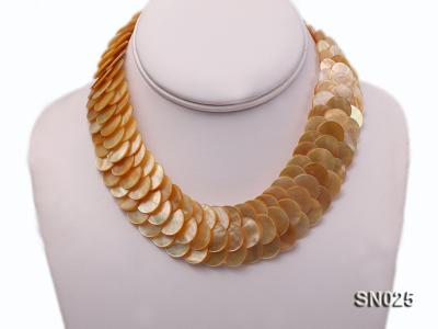 Natural Button-shaped Yellow Shell Pieces Necklace SN025 Image 3