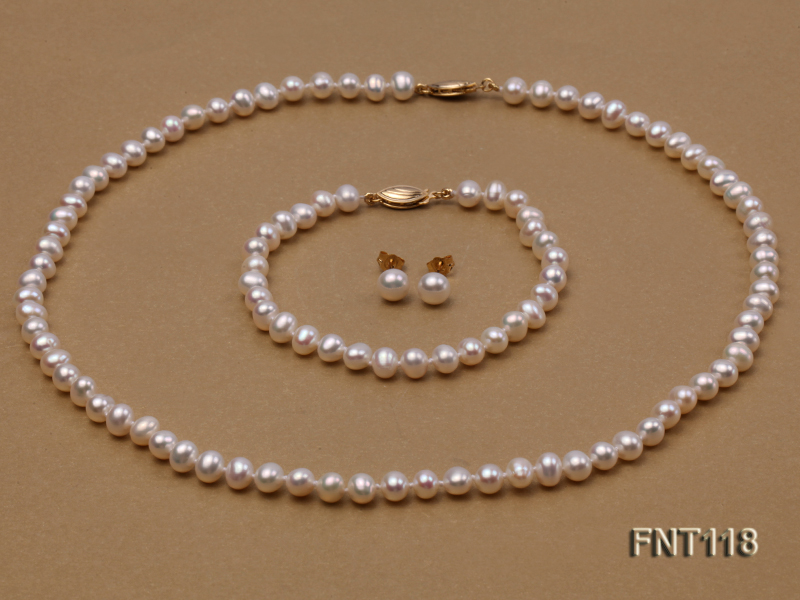 6-6.5mm White Freshwater Pearl Necklace, Bracelet and Stud Earrings Set big Image 3