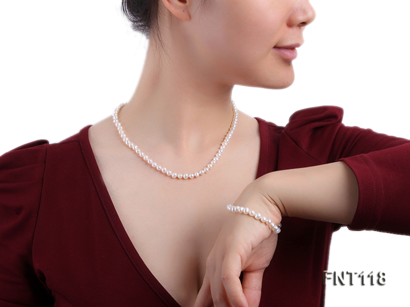 6-6.5mm White Freshwater Pearl Necklace, Bracelet and Stud Earrings Set big Image 10