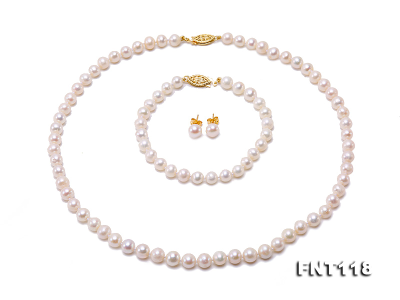 6-6.5mm White Freshwater Pearl Necklace, Bracelet and Stud Earrings Set big Image 2
